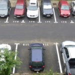 Românul e om doar până la locul de parcare – București